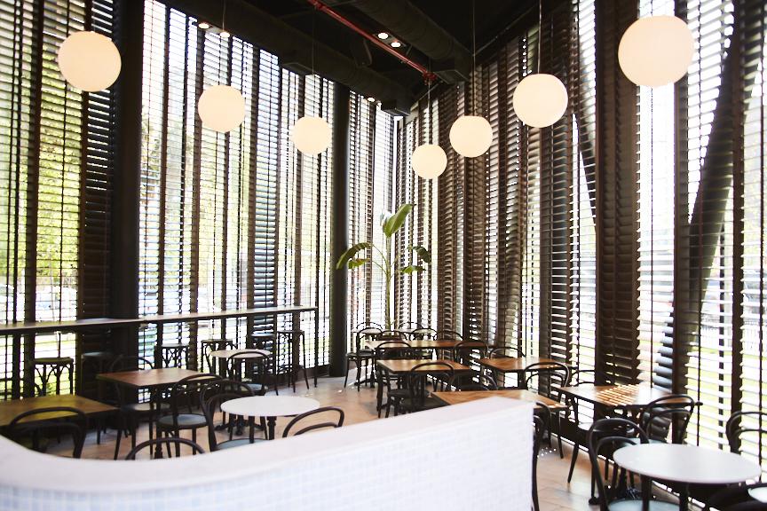 Manola Café SML